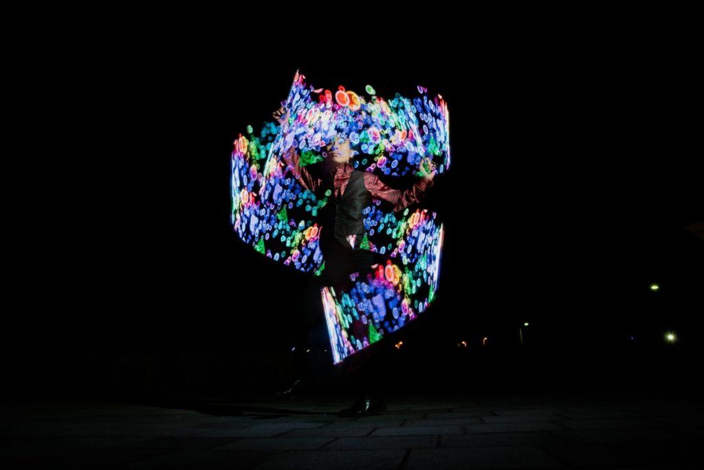LEDジャグリング光る レーザーグラフィックポイ ビジュアルポイ 有名パフォーマー パフォーマー 有名 人気 ジャグリング 飛鳥ⅱ豪華客船 yuumei 大道芸 大道芸人